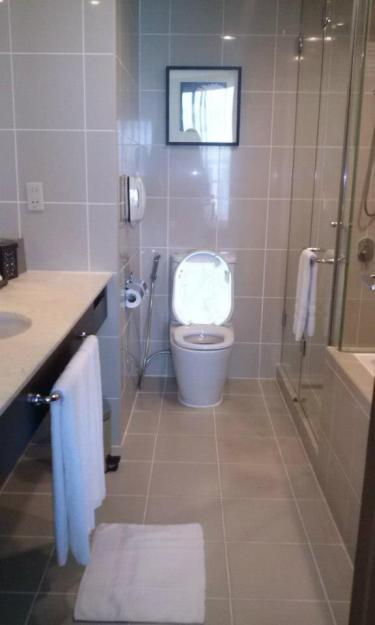 bathroom with Hermes toiletries